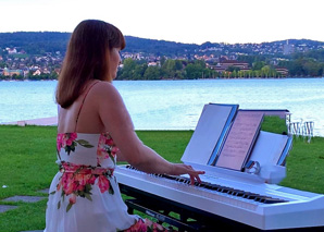 Lisa Maria – professional wedding pianist