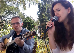 Acoustic Duo – Andy & Vio La